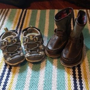2 pairs little boys shoes